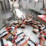 מכונות אריזה בזמן עבודה